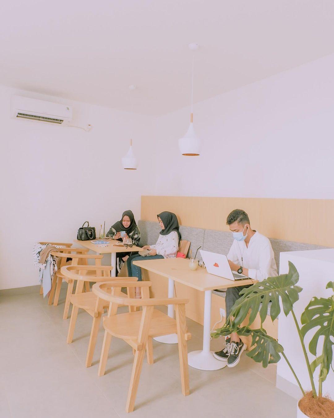 Nomi Coffee