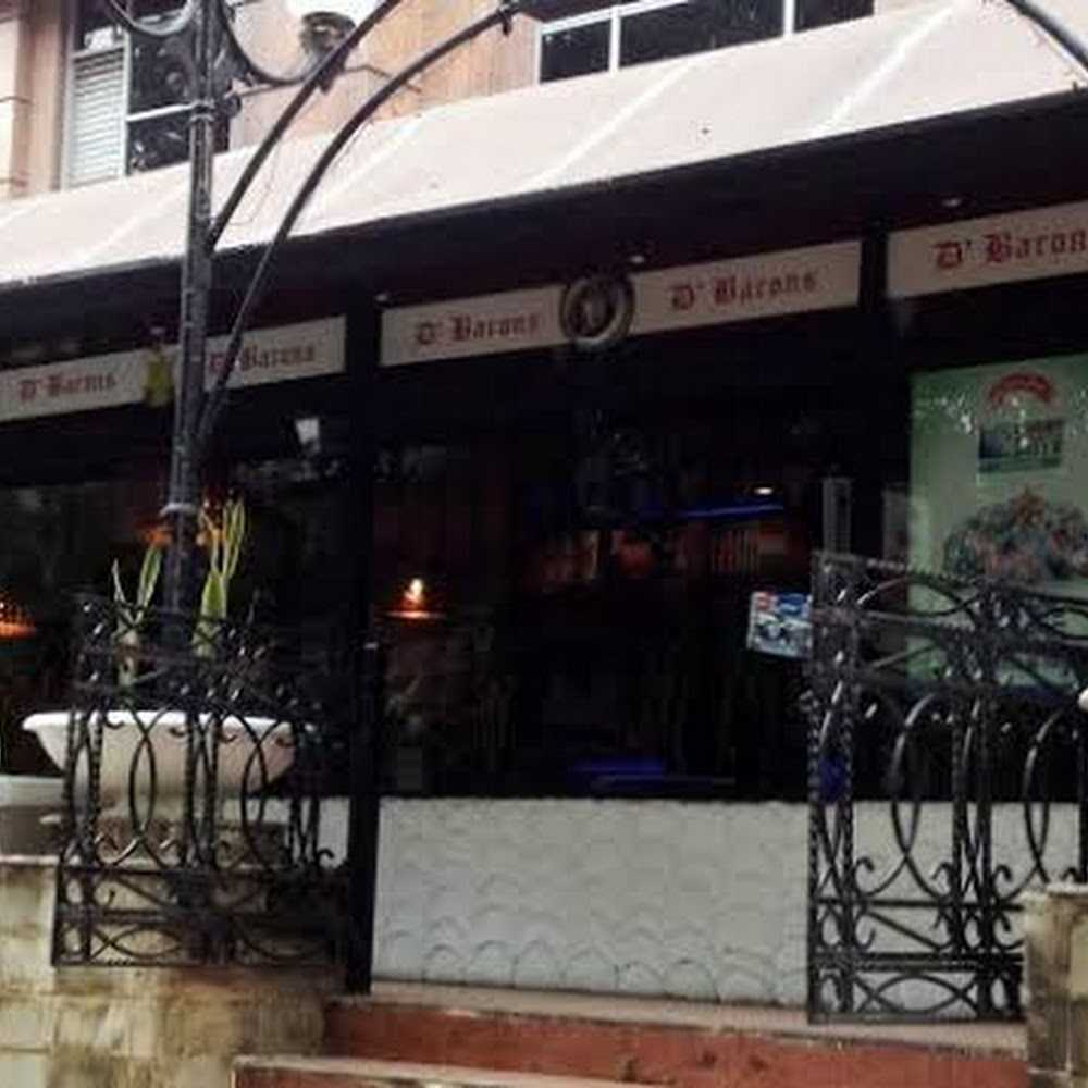 Kuliner Barons Pub