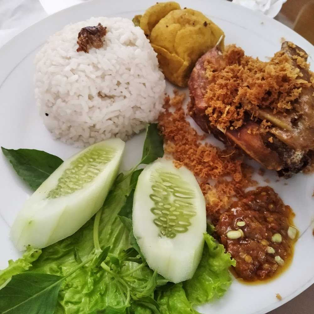 Kuliner Bebek Suroboyo