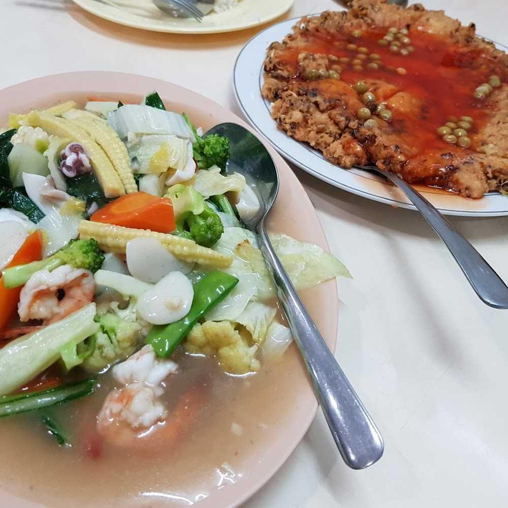 Kuliner Bumbu Desa Gramedia Matraman