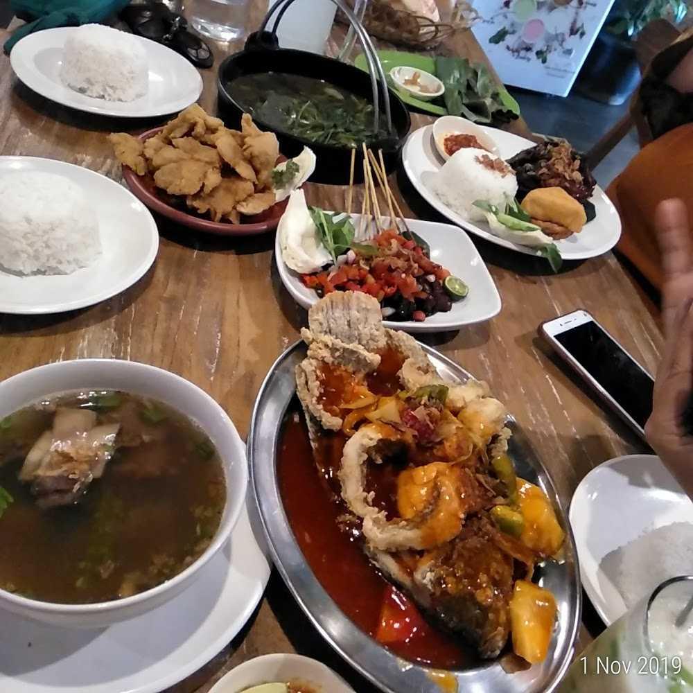 Kuliner Warung Tekko Green Terrace