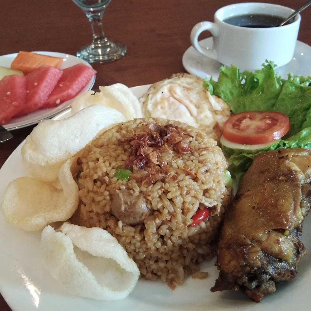 Kuliner Cokro Kembang Restaurant Hotel Desa Wisata TMII