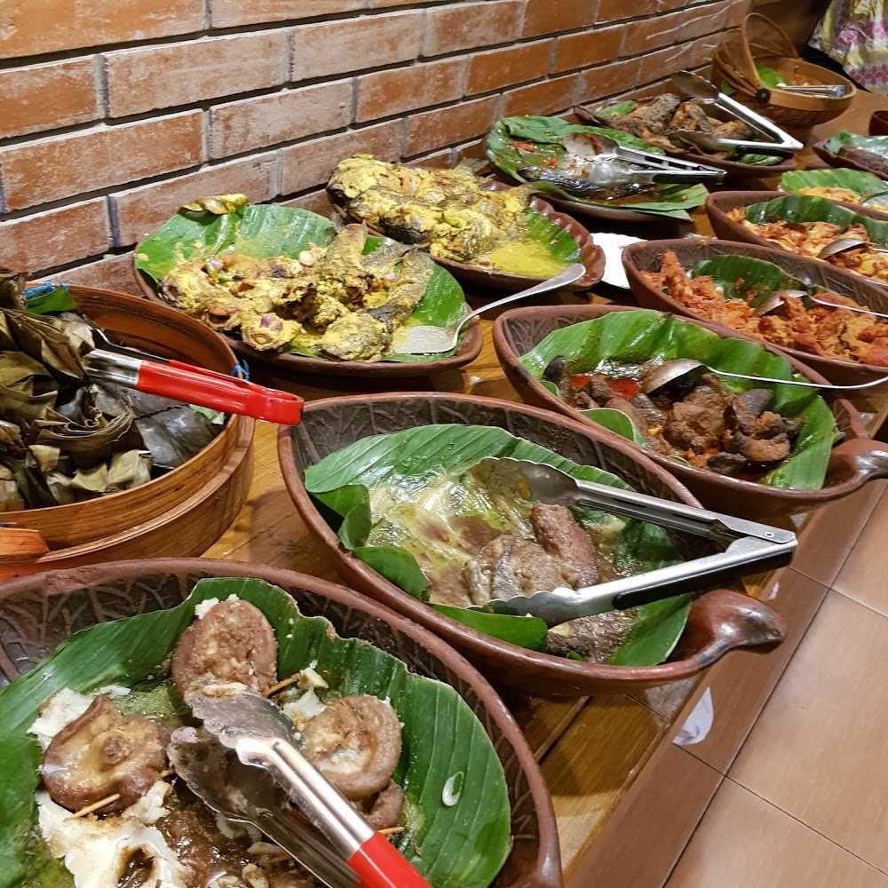 Kuliner The Harvest Cakes Buaran