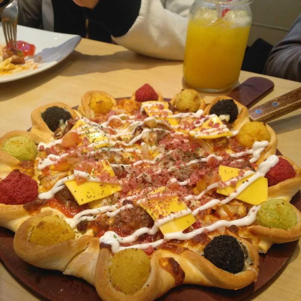Kuliner Pizza Hut Restoran - Buaran Plaza