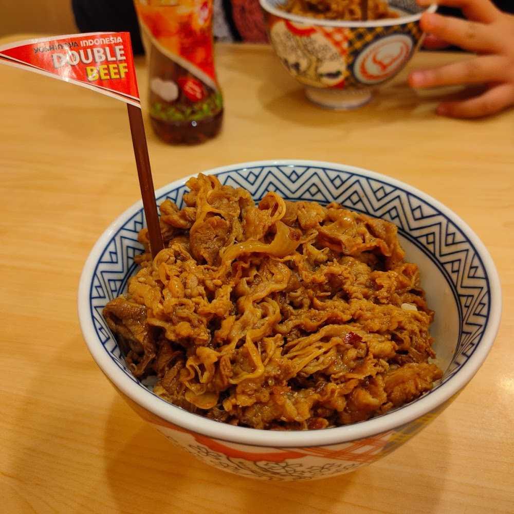 Kuliner Yoshinoya Transmart Cilandak