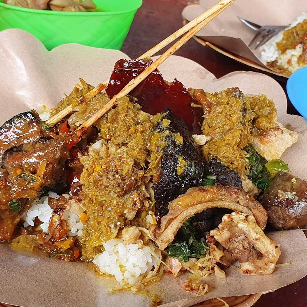 Kuliner Babi Guling Bali Tulen