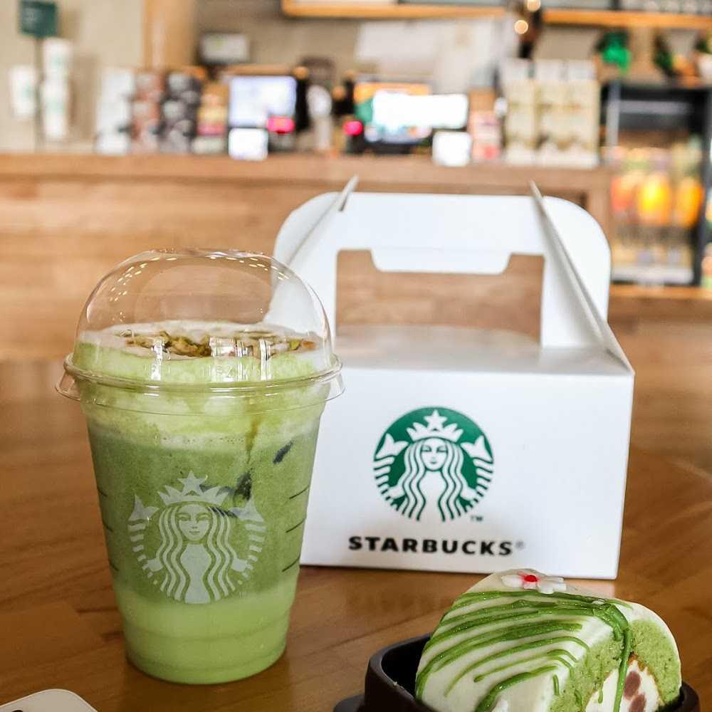 Kuliner Starbucks DP Mall Semarang