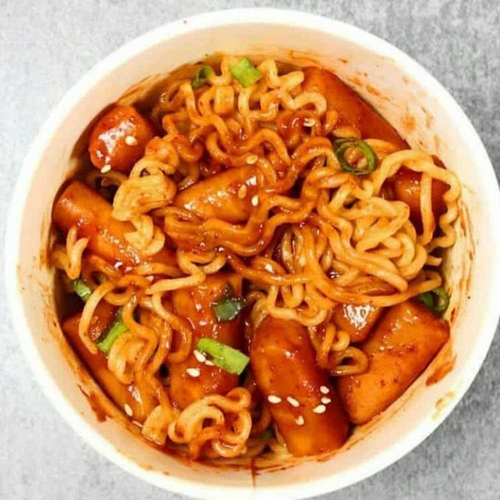 Kuliner KIM'S TOPOKKI GEMAH