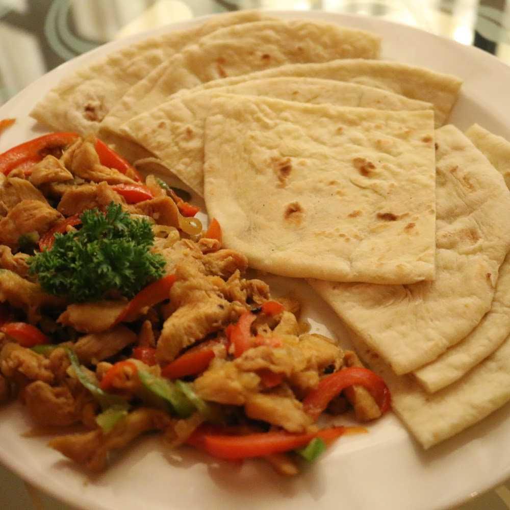 Kuliner McDonald's Manyar Kertoarjo
