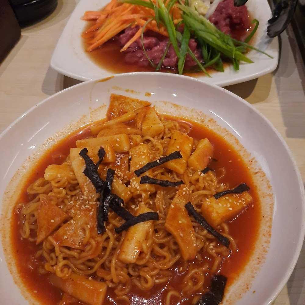 Kuliner KIMCHI Korean Restaurant - Solo