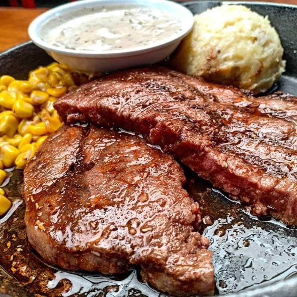 Kuliner Steak Hotel by Holycow