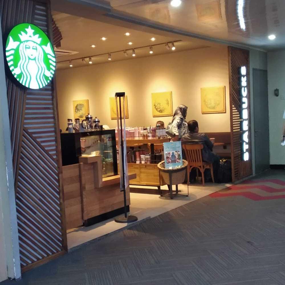 Kuliner Starbucks Coffee - Halim Perdanakusuma Airport