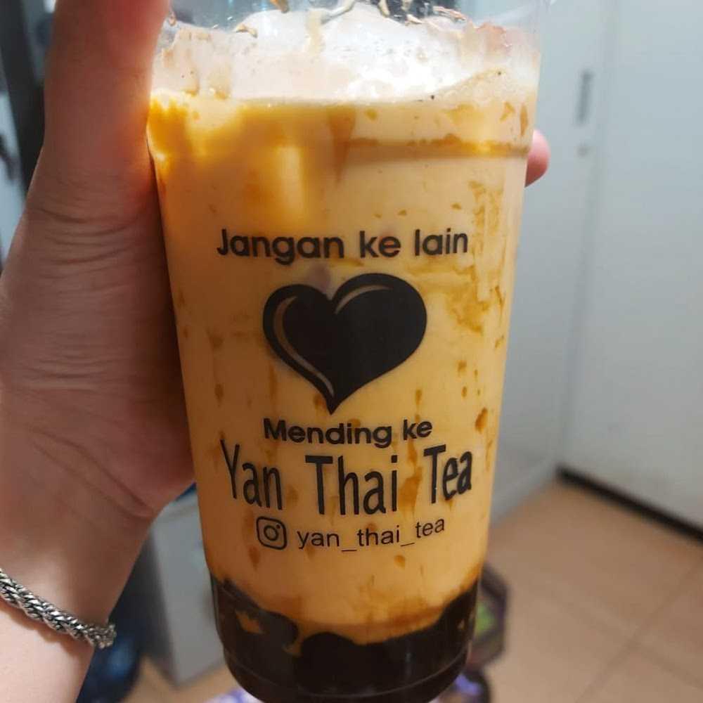 Kuliner Yan Thai Tea Cafe